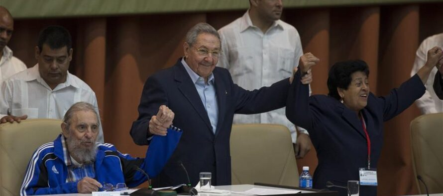THE FUTURE OF CUBA TO BE DISCUSSED IN AN 'ARMORED CONGRESS'?