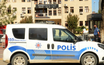 Turkish government dismissand arrestmore HDP mayors